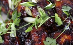 You& find the ultimate Siba Mtongana Sticky Chicken Winglets recipe and even more incredible feasts waiting to be devoured right here on Food Network UK. Food Network Uk, Food Network Recipes, Cooking Network, Cooking Tv, Cooking Recipes, Fast Recipes, Simple Recipes, Sibas Table Recipes, Chefs