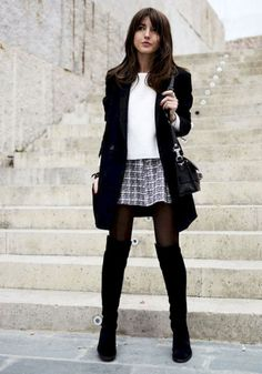 Best Outfit To Wear With Mini Skirt And Boots 26 - attirepin.com
