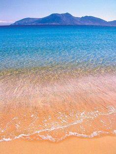 creativetravelspot:  Fanos beach, Ano Koufonissi island ~ Greece