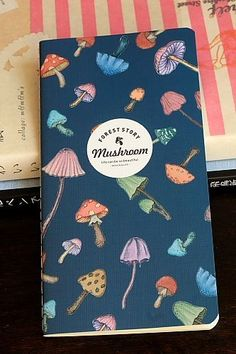 This super high quality note book, perfect for memo, diary, or gift to your friends.- Weight: 50g- M…