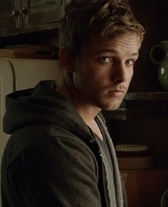 Max Thieriot in Bates Motel - he's pretty much absolutely perfectly wholly amazingly awesome Dylan Bates Motel, Bates Motel Season 4, Max Thieriot, Movie Talk, We Movie, Dylan Massett, Freddie Highmore Bates Motel, Maleficarum, Norman Bates