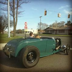 See our website for more relevant information on hot rod cars. It is actually a great spot for more information. Custom Hot Wheels, Custom Cars, Ford Motor Company, Convertible, 32 Ford Roadster, Volkswagen, Old Hot Rods, Traditional Hot Rod, Classic Hot Rod