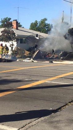Small plane crashed in house in Riverside, CA 7/26/15