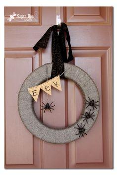 Sugar Bee Crafts: Spider Wreath (interchangeable) #DIY #crafts