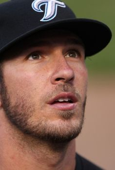 JP Arencibia, catcher for the Toronto Blue Jays, HOLY Jays game Sunday here I come! Baseball Boys, Baseball Players, Mlb Players, Look At You, How To Look Better, Gorgeous Men, Beautiful People, Scruffy Men, Toronto Blue Jays