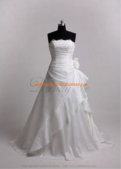 Elegant Beautiful Taffeta Princess Wedding Dress With Exquisite Handwork