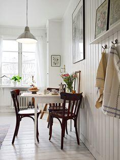 White kitchen, love the narrow shelf and hooks. #kitchens #hooks