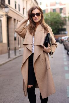 Street style | Black pants and camel wrap coat