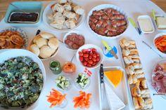 Tapas til fødselsdag. Lækre små retter til et flot tapasbord til fødselsdag eller fest.