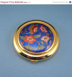 17 Off Entire Shop Vintage Powder Compact by AtticDustAntiques, $19.09