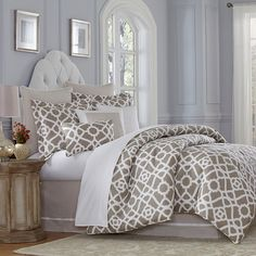 the paparazzi bedding set by michael amini offers the perfect blend of glitz glamour and class beautiful tailoring and faux fur accents further u2026