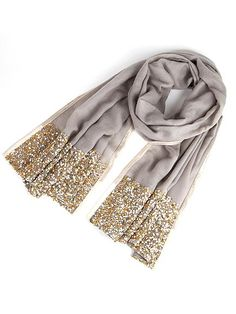 Loving this glittery gray shawl! http://www.people.com/people/package/gallery/0,,20547853_20648568,00.html#21244374