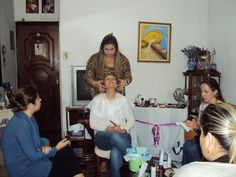 Turmas de Auto Maquiagem, e auto maquiagem e consultoria de estilo: Melissa Pazos.  Parceiros: Hinode Bellaoggi Studio JM Make Up Juliana Matola