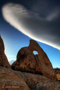 Shark Tooth Arch, Alabama Hills, Ca -Jason Branz Beautiful Sites, Beautiful World, Beautiful Places, Mother Earth, Mother Nature, Nature Pictures, Cool Pictures, Shark Tooth, Rock Formations