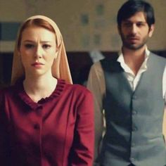 Elcin Sangu as Guzide and Ushan Cakir as Celil in the Turkish TV series Kurt Seyit ve Sura 2014.