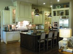 Kitchen Photos   Burrows Cabinets   Central Texas Builder Direct Custom  Cabinets