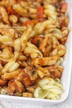 Zapiekanka włoska. Przepyszna ;) | Dietoterapia Lenartowicz Healthy Dinner Recipes, Mexican Food Recipes, Cooking Recipes, My Favorite Food, Food Porn, Good Food, Food And Drink, Healthy Eating, Food To Make