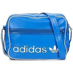 Op zoek naar Schoudertas met riem adidas ADICOLOR AIRLINE BAG?  Bekijk hier het grootste aanbod adidas tassen en vergelijk verschillende webshops!