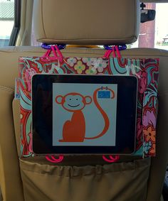 Car Seat Cinema - bag to hold your iphone or tablet. Projects For Kids, Diy For Kids, Sewing Projects, Diy Projects, Dvd Case Crafts, Ipad Mini, Car Seat Organizer, Ipad Holder, Cute Cases