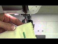 Bernina 350 16 Buttonholes - YouTube