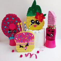 Custom made mini pinatas from #handcraftedparties