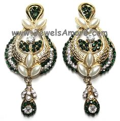 Beautiful dangler drops with green and white stones. Price: $11.98 #indianjewelry #templejewelry #onegramgold #kundanjewelry #returngifts #temple #jewelry #jewels #jewelsamore #indian #temple #gold #kundan #gift #earring #earringset #bharatnatyam #dancejewelry