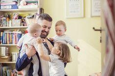 Viele Eltern wollen sich gemeinsam ihr Kind kümmern. Also bleiben auch viele Väter erst einmal zu Hause. Alles, was Sie zum Vaterschaftsurlaub wissen müssen...