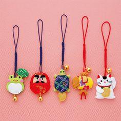 DIY Japanese Folk Art Mobile Strap Fabric kit  Can make 5 Mascot  --- Japanese Craft Kit (Just use glue to make it) 4705638