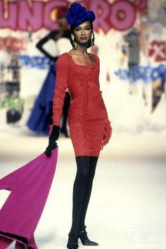 Emanuel Ungaro, Autumn-Winter 1994, Couture | Katoucha Niane