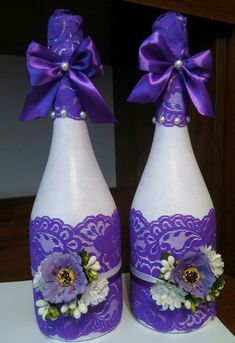 paint the bottle black, add royal purple, crimson, or midnight blue lace and bows, add a few Gothic odds and ends and these would be perfect. Diy Bottle, Wine Bottle Crafts, Mason Jar Crafts, Bottle Art, Recycled Glass Bottles, Painted Wine Bottles, Bottles And Jars, Plastic Jar Crafts, Wedding Bottles