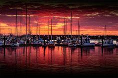 One the best sunrises I have ever photographed. It was taken in Apollo Bay at the marina. ---------------------------- #landscape #ic_landscapes #dynamicrangemagazine #amazing_australia #focusaustralia #ig_australia #aussiephotos #artlimited #ig_australia #outdoorwomen #igglobalwomenclub #igglobalclub  #australia_shotz #adzventures #leannecolephotography #leannecole #awesome.earth #victoria #australia #michaelscamera #melbournetouristguide #apollobay #marina #boat #boats #sunrise by…