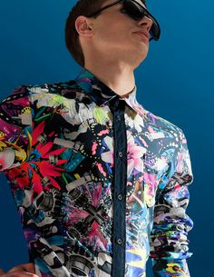 By Qiu Yang. :O amazing graphic print shirt