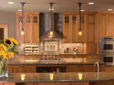 Craftsman style kitchen - 011S-0066 - houseplansandmore.com