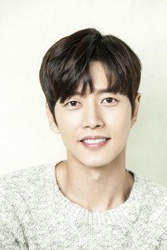 Asian Men Hairstyle, Asian Hair, Park Hye Jin, Handsome Korean Actors, Love Park, Hair Reference, Asian Hotties, Boy Hairstyles, Korean Men
