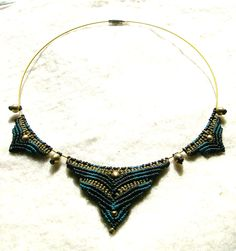 "Choker ""Queen of the Night's"" Macrame Collar Collier. €27,00, via Etsy."