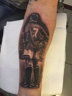 Tom Daly said on Facebook that it's not finished yet, but it looks pretty good to us at @manutd! Nice tattoo of our famous no.7, Eric Cantona. #mutattoos