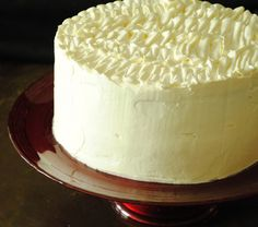 Banana Cream Cake with Ruffled Vanilla Frosting