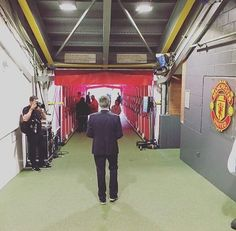 José Mourinho walking down the tunnel as ManUtd manager for the first time