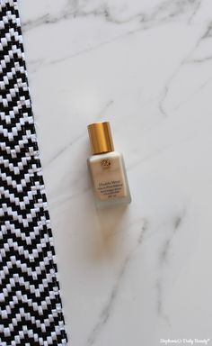 Stephanie's Daily Beauty: Estée Lauder Double Wear Stay-in-Place Makeup