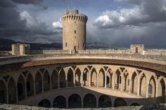 ES_171202 Espanja_0226 Palma de Mallorcan Bellverin linna Pisa, Valencia, Taj Mahal, Spain, Tower, Building, Travel, Palmas, Majorca