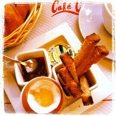 Breakfast Café Charlot Paris
