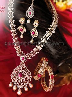 Jewellery Designs: Complete Diamond Set with Tikka
