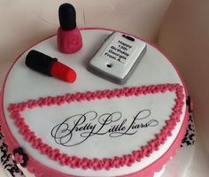 Pretty little liar cake
