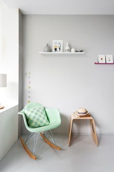 mint eames rocking chair for baby's room Eames Rocker, Eames Rocking Chair, Swivel Chair, Deco Kids, Interior Architecture, Interior Design, Color Interior, Interior Styling, Deco Design