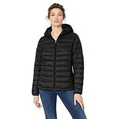 Amazon Essentials Women's Lightweight Water-Resistant Packable Hooded Puffer Jacket | Fashion Products Funky Outfits, Basic Outfits, Pretty Outfits, Casual Outfits, Yeezy Outfit, Casual Wear Women, Spring Work Outfits, Jackets For Women, Clothes For Women
