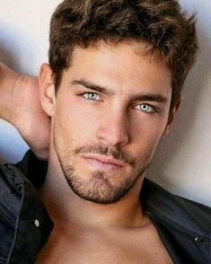 Most Beautiful Faces, Gorgeous Eyes, Pretty Eyes, Hot Guys, Scruffy Men, Hunks Men, Cool Hairstyles For Men, Awesome Beards, Handsome Faces