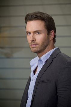 Oh, Brady, Brady, Brady...my favorite scenes are of you with EJ/Nicole.  Liking this Madison perseon though.