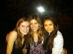 The Vampire Diaries Katherine Pierce, The Vampire Diaries 3, Vampire Diaries The Originals, The Cw Series, Ian And Nina, Friends Moments, Vampire Dairies, Claire Holt, Delena