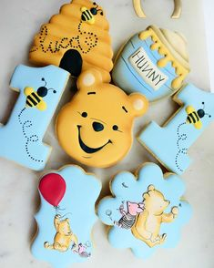 Blue & Yellow Winnie the Pooh Hunny Pot Cookies Baby Shower Cookies, Baby Shower Fun, Baby Shower Gender Reveal, Baby Shower Themes, Baby Shower Decorations, Winnie The Pooh Themes, Winnie The Pooh Cake, Winnie The Pooh Birthday, Baby Boy 1st Birthday Party