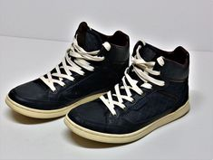 BURTON MENSWEAR LONDON HI TOP TRAINERS NAVY & BROWN SIZE 7 EU 41 BOOTS MENS BOYS Burton Menswear, Navy And Brown, Click Photo, Boots For Sale, Boys Shoes, My Ebay, Trainers, Shoe Boots, High Top Sneakers